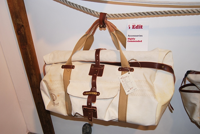 Astrid Duffle _ Showcase